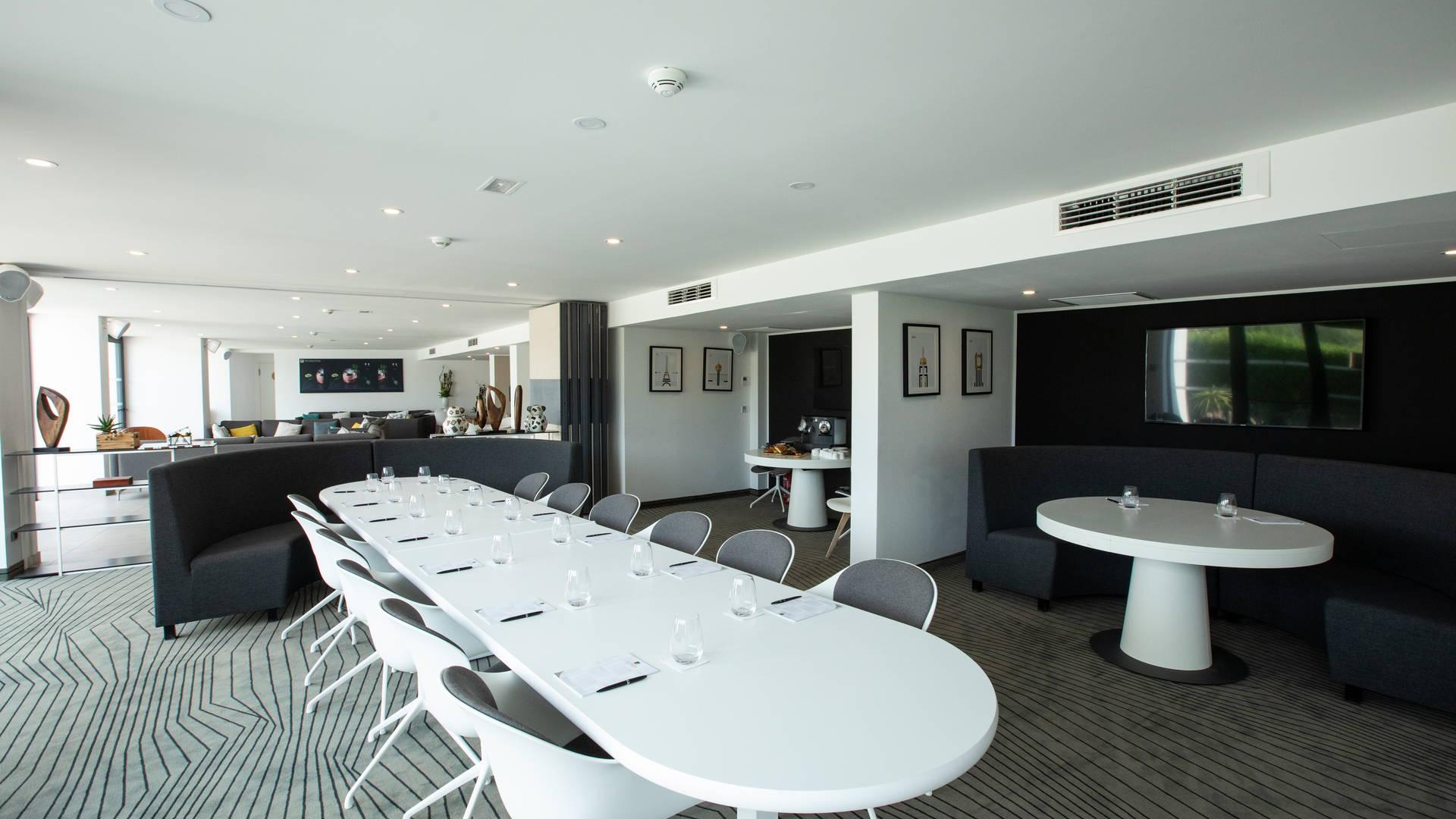 Un espace business de 80 m² équipé des dernières technologie, séminaire la grande motte, Hôtel La Plage.